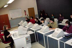 IUT de Rodez, Laboratoire de langues, Formation